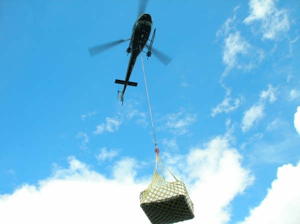 Helikopter levering av boblebad