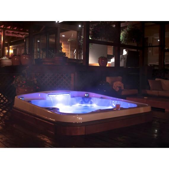 Massasjebad Radiance Curve lounge fra Coast Spas