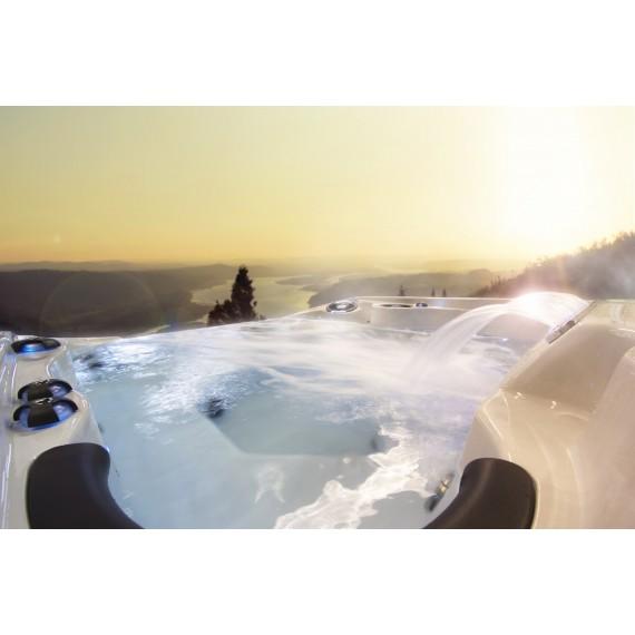 Massasjebadet Niagara - toppmodell fra Coast Spa