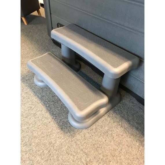 Trapp til boblebad og swimspa - Vedlikeholdsfri og i fargen grå