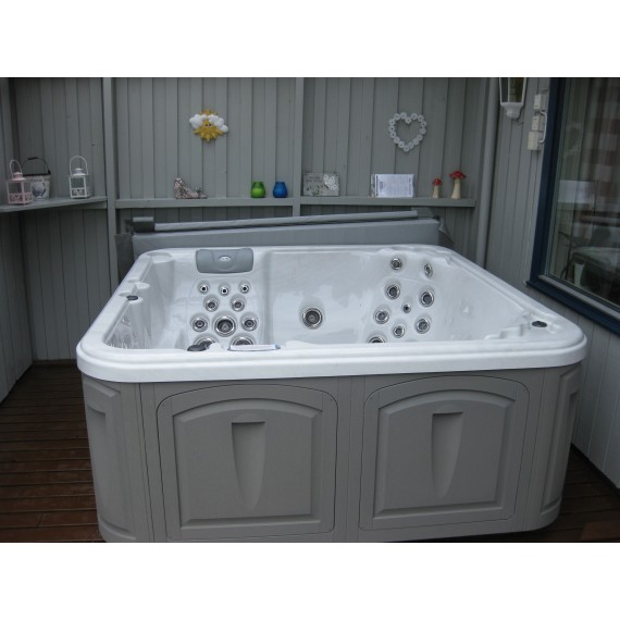 Boblebad XS76L fra Clear Water spa