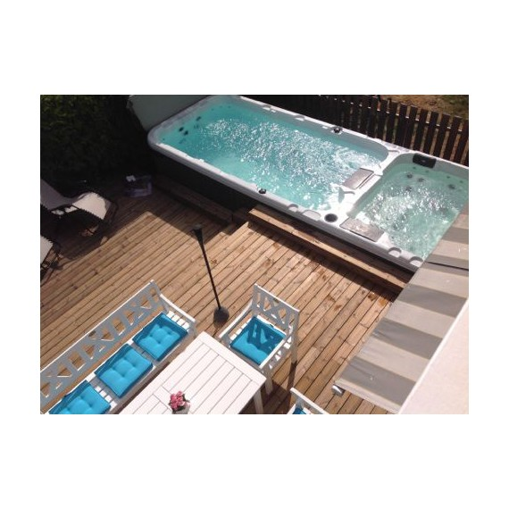 Billig svømmebasseng